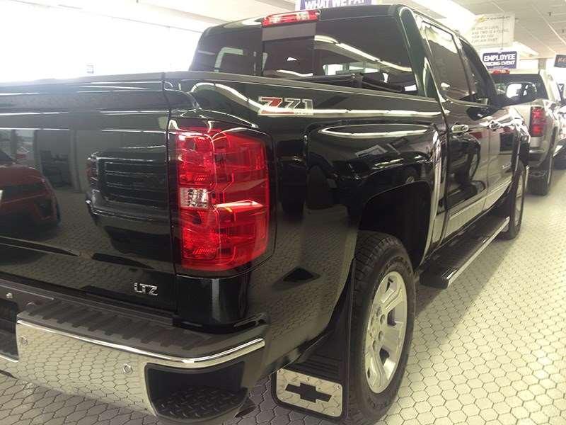 DSI Automotive - Truck Hardware 2014-2017 Chevy Silverado ...